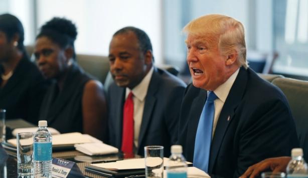 Ben-Carson-Donald-Trump-Roundtable
